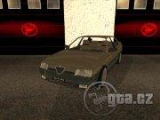 1987 Alfa Romeo 164 3.0 V6 v1.00 je jeden z řady méně povedených modelů, ale jako staré auto, kterých po českých silnicích jezdí hodně, se do hry hodí.